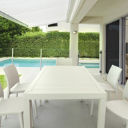 Witte ENZO stoelen - Terrasstoelen